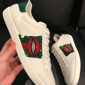 92370cfd28b Gucci Shoes - Gucci Ace White Leather Red Green Glitter Lips Low